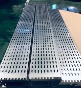 洋上風力発電事業 ケーブルトレイ33式(電設資材)